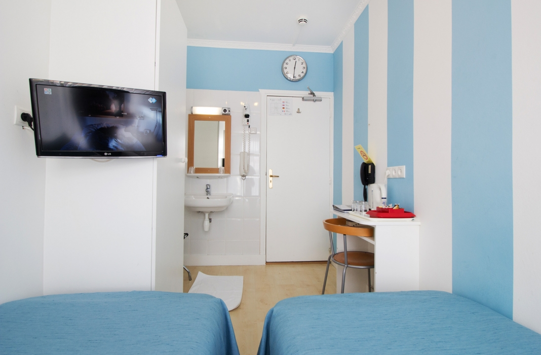 Hotel Mimosa - Basic Kamer